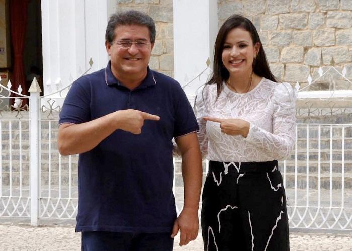 Política: Em Serra Talhada, ex-prefeito Luciano Duque e prefeita Márcia Conrado estão em sintonia – Blog do Fábio Cardoso